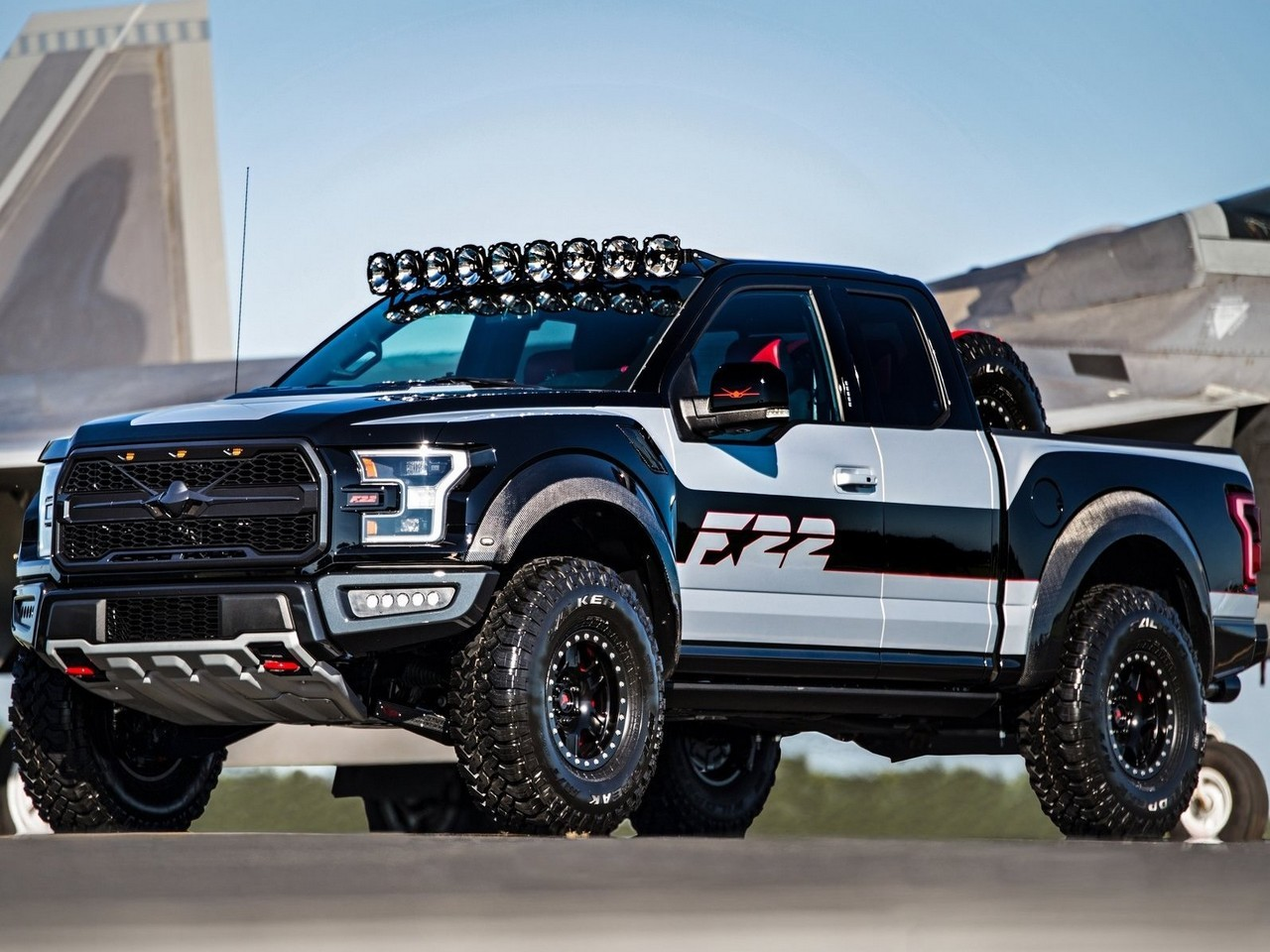 ford f150 raptor f22 concept version unique vendue aux. Black Bedroom Furniture Sets. Home Design Ideas