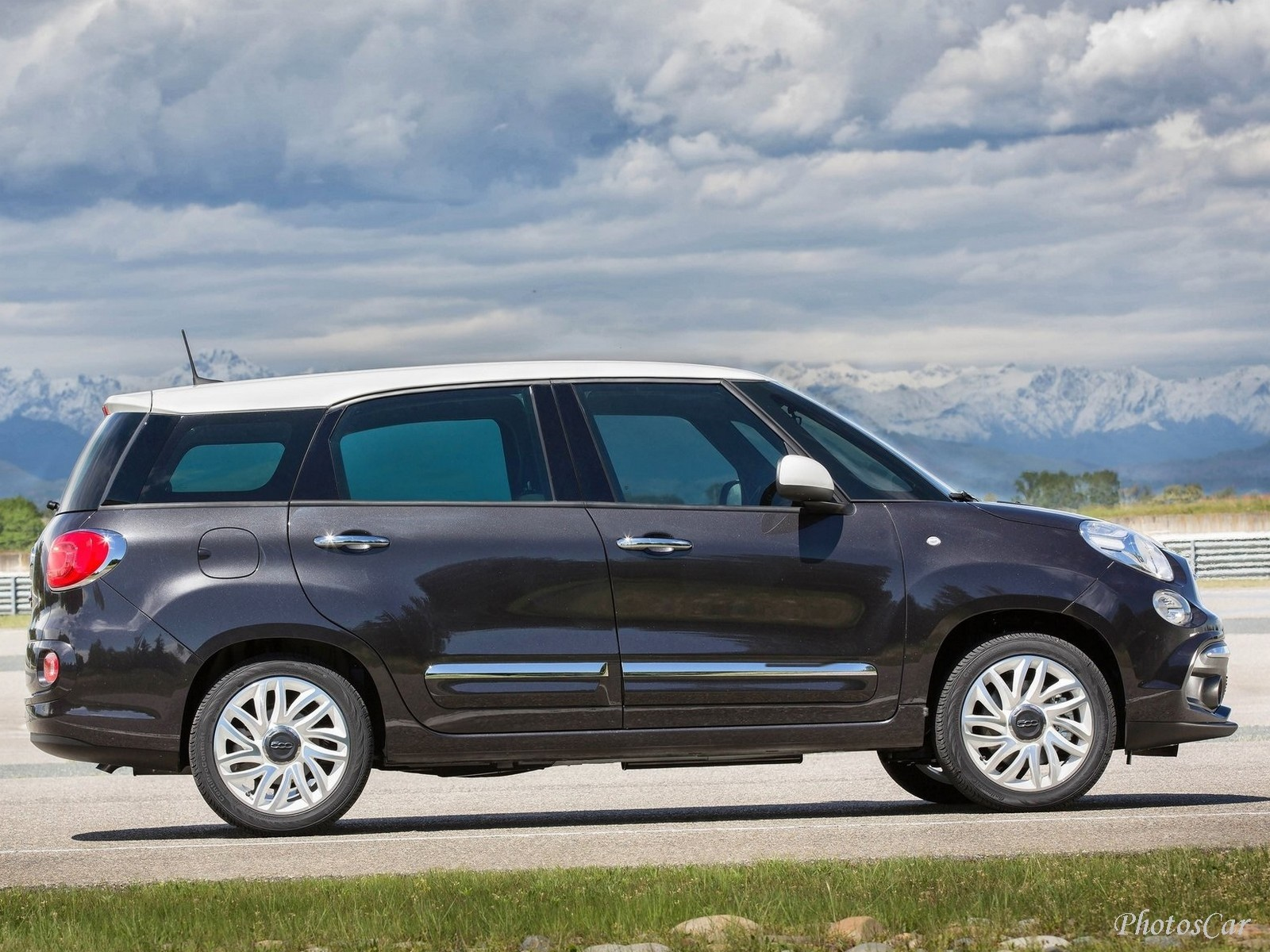 2018 fiat 500l wagon. Black Bedroom Furniture Sets. Home Design Ideas
