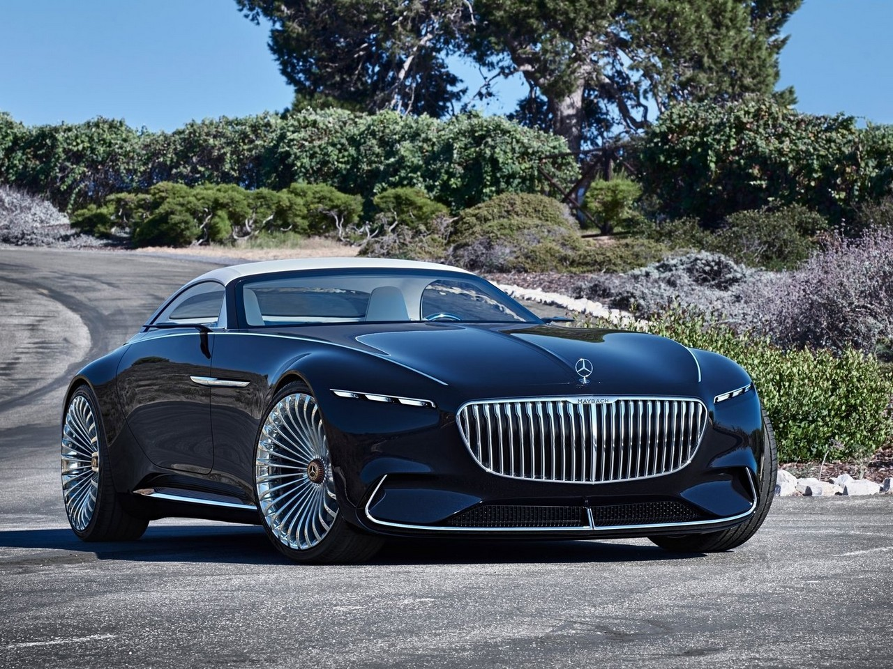 vision mercedes maybach 6 cabriolet 100 lectrique et 750 chevaux. Black Bedroom Furniture Sets. Home Design Ideas