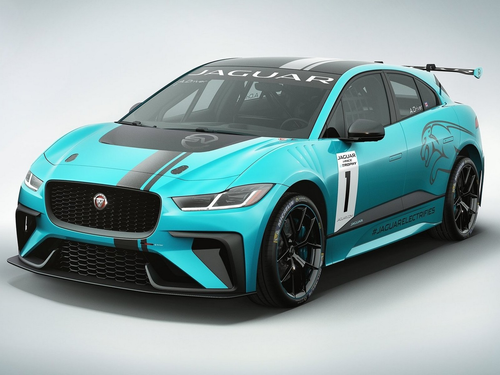 jaguar i pace etrophy racecar 2018 championnat 100 lectrique. Black Bedroom Furniture Sets. Home Design Ideas