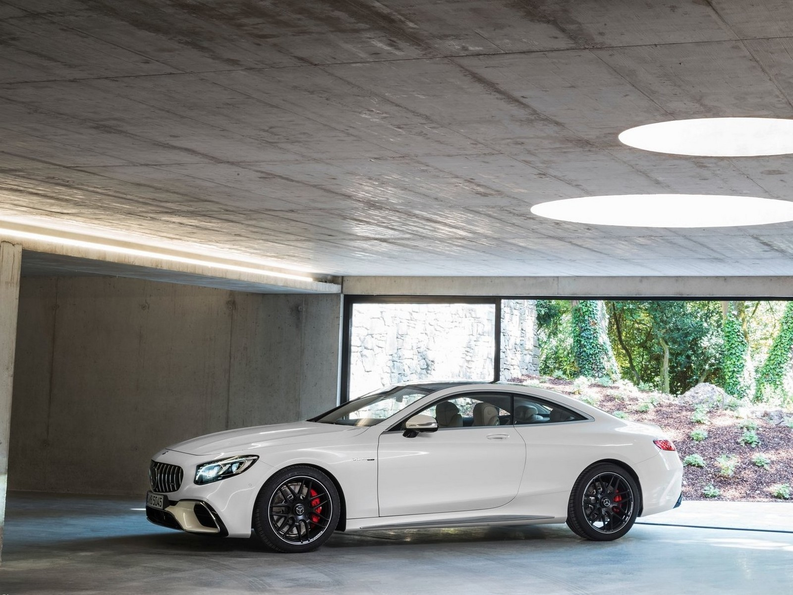 Mercedes S63 AMG Coupe 2018 - PhotosCar