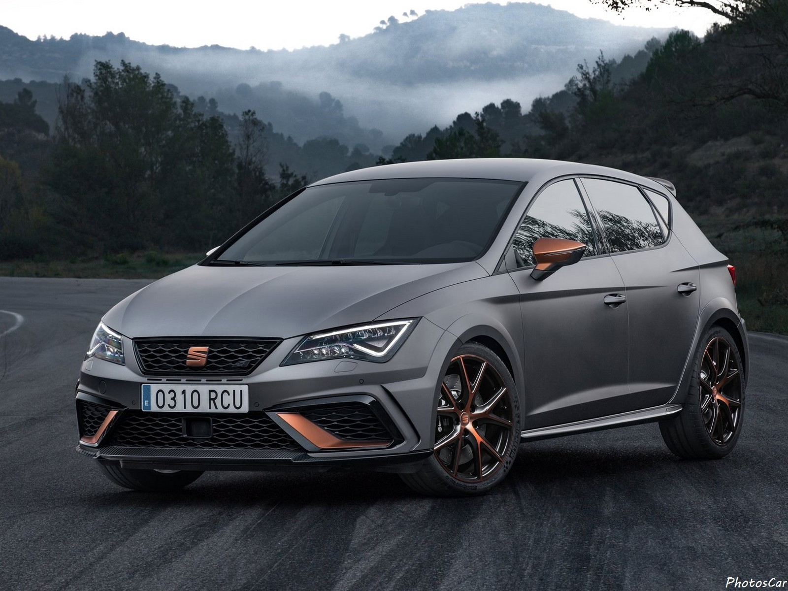 seat leon cupra r 2018 photoscar. Black Bedroom Furniture Sets. Home Design Ideas