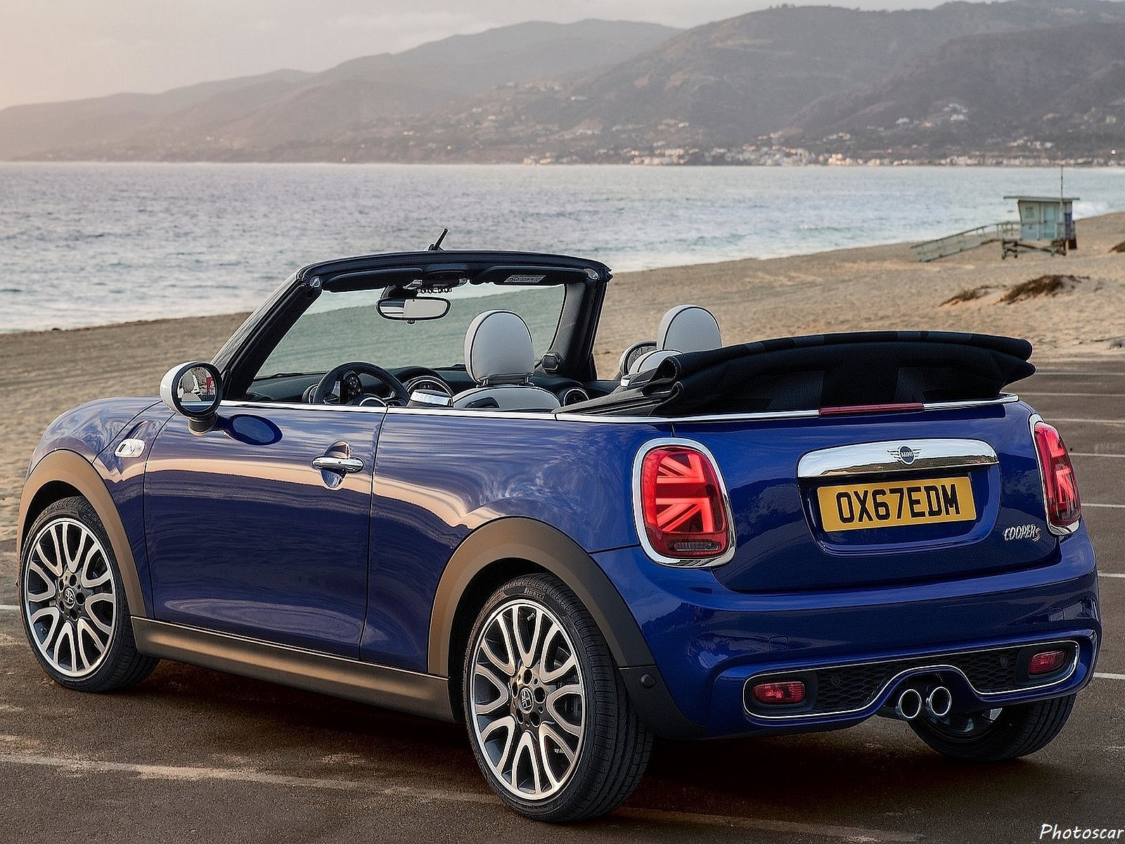 mini cooper s convertible 2019 voitures d capotables de luxe. Black Bedroom Furniture Sets. Home Design Ideas