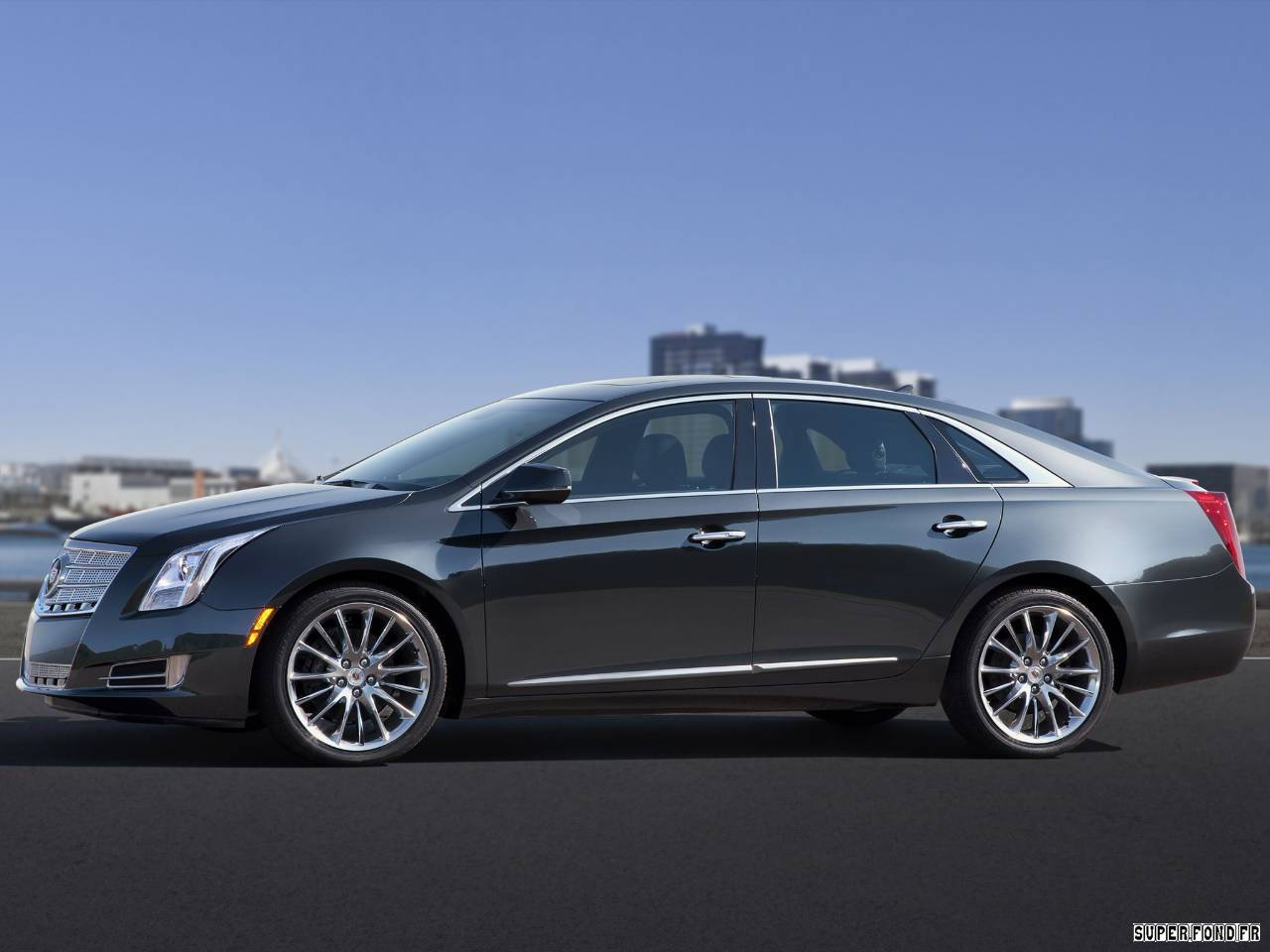 2012 Cadillac XTS Luxury Sedan