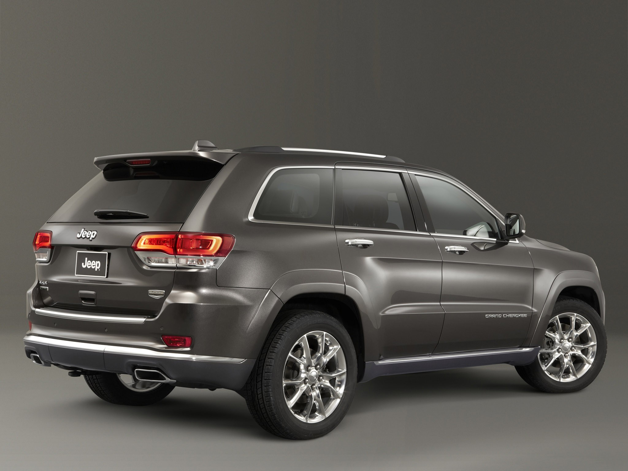 2013 Jeep Grand Cherokee Summit Europe