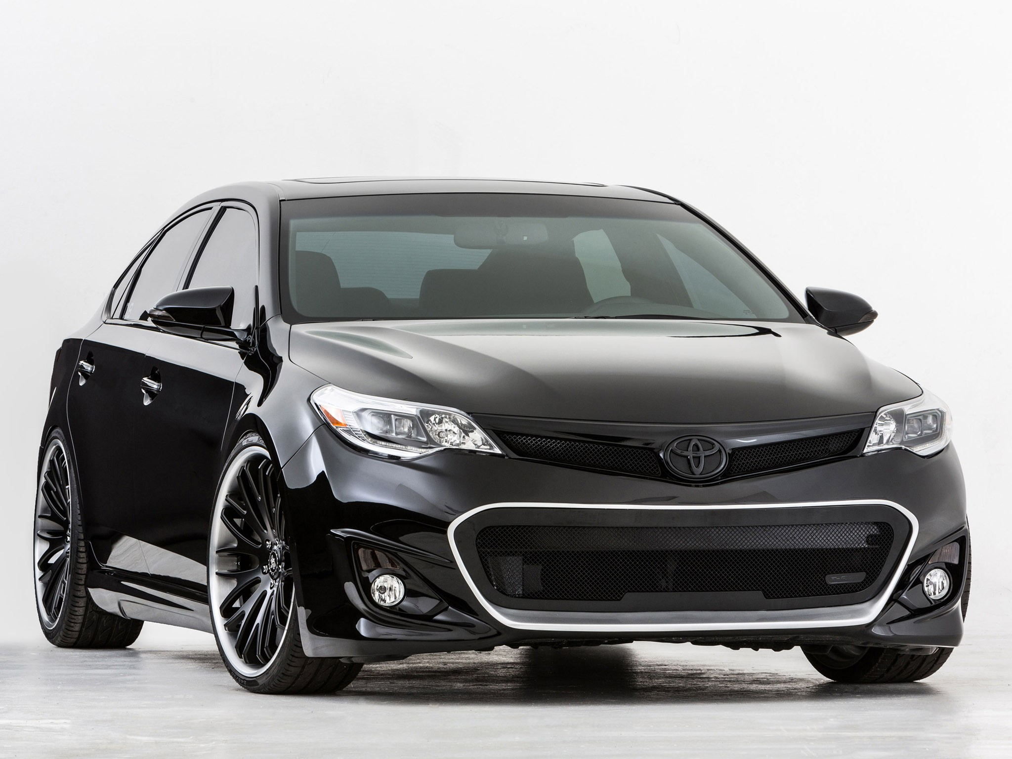 2012 Toyota Avalon Dub Edition