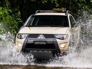 2014 Mitsubishi L200 Triton Savana 20 Anos Motorsports