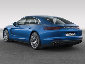 2016 Porsche Panamera 4S
