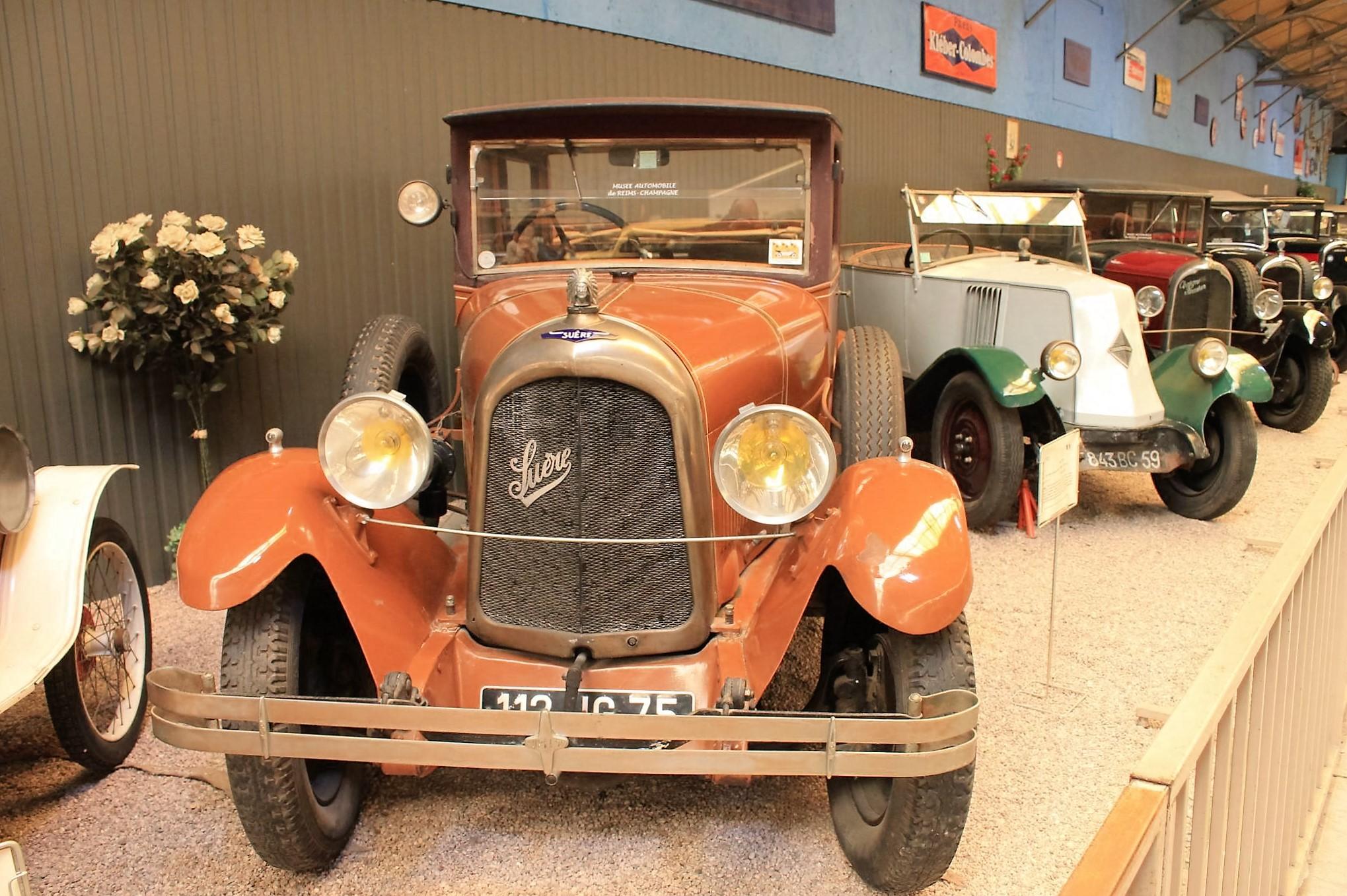 Musée automobile de Reims - 1925 Suere Type D Berline Landaulet