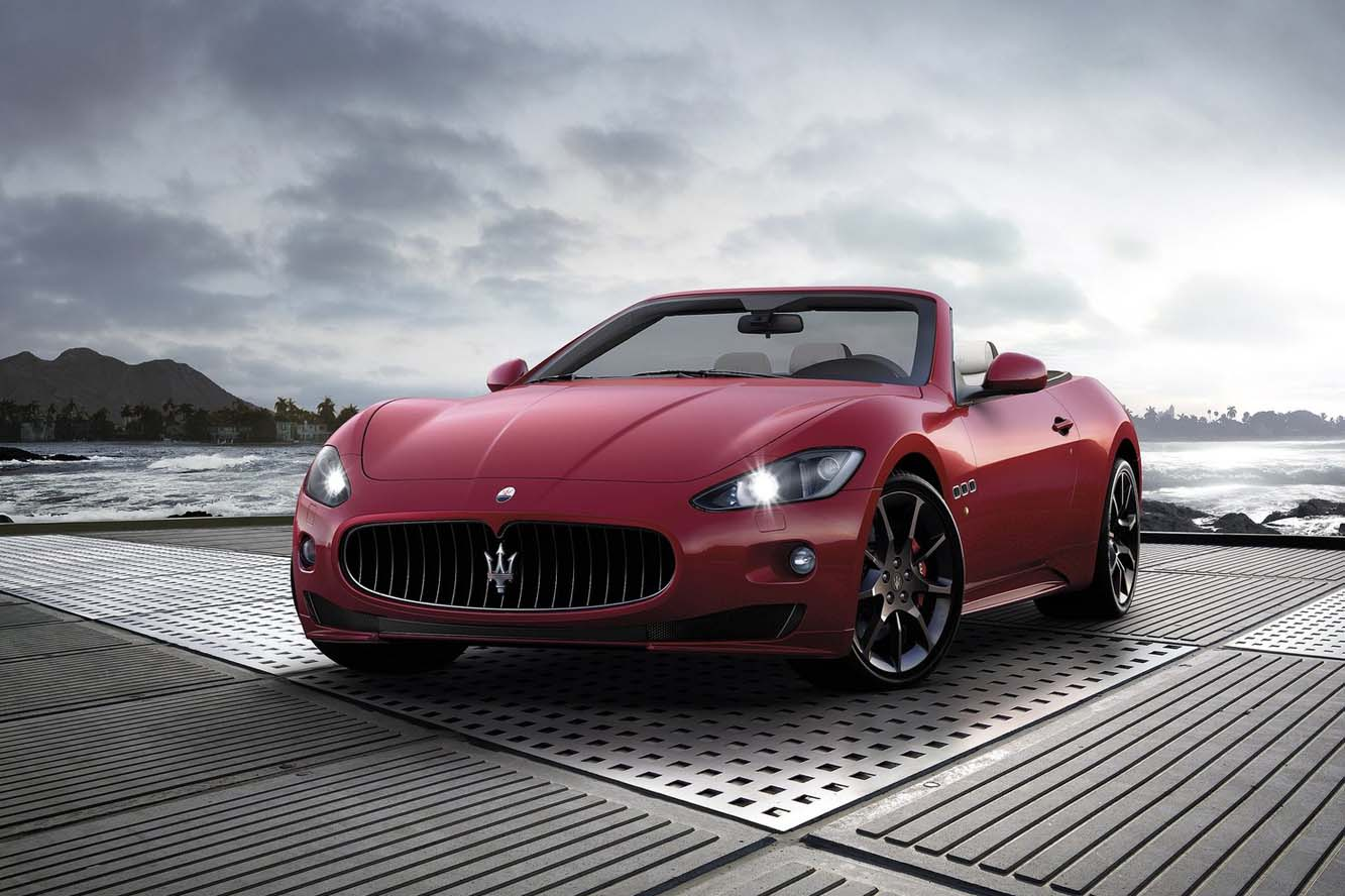 2017 Maserati GranCabrio Sport