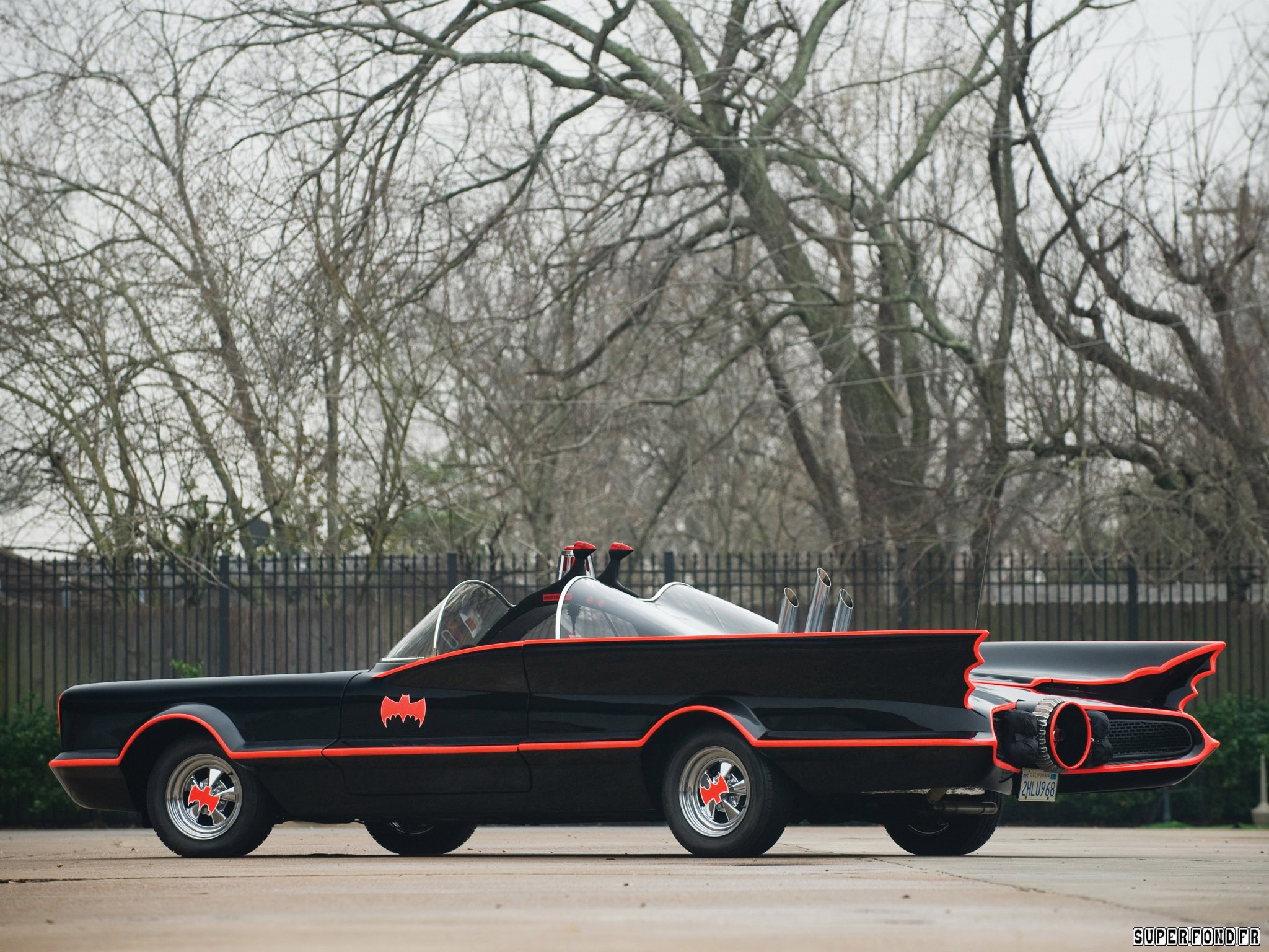 1966 Lincoln Futura Batmobile by Barris Kustom