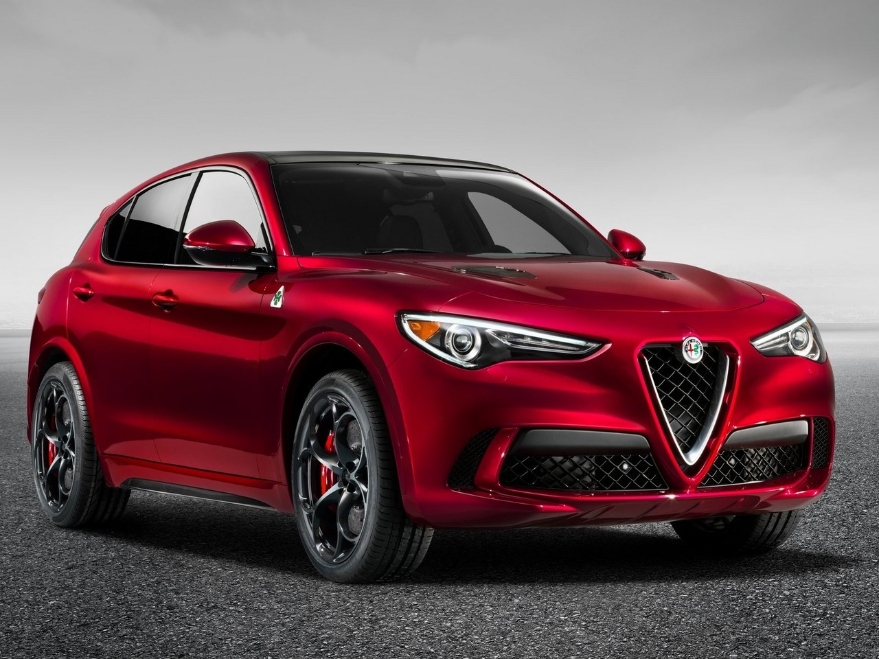 alfa romeo stelvio quadrifoglio 2018 puissance totale de 510 chevaux. Black Bedroom Furniture Sets. Home Design Ideas