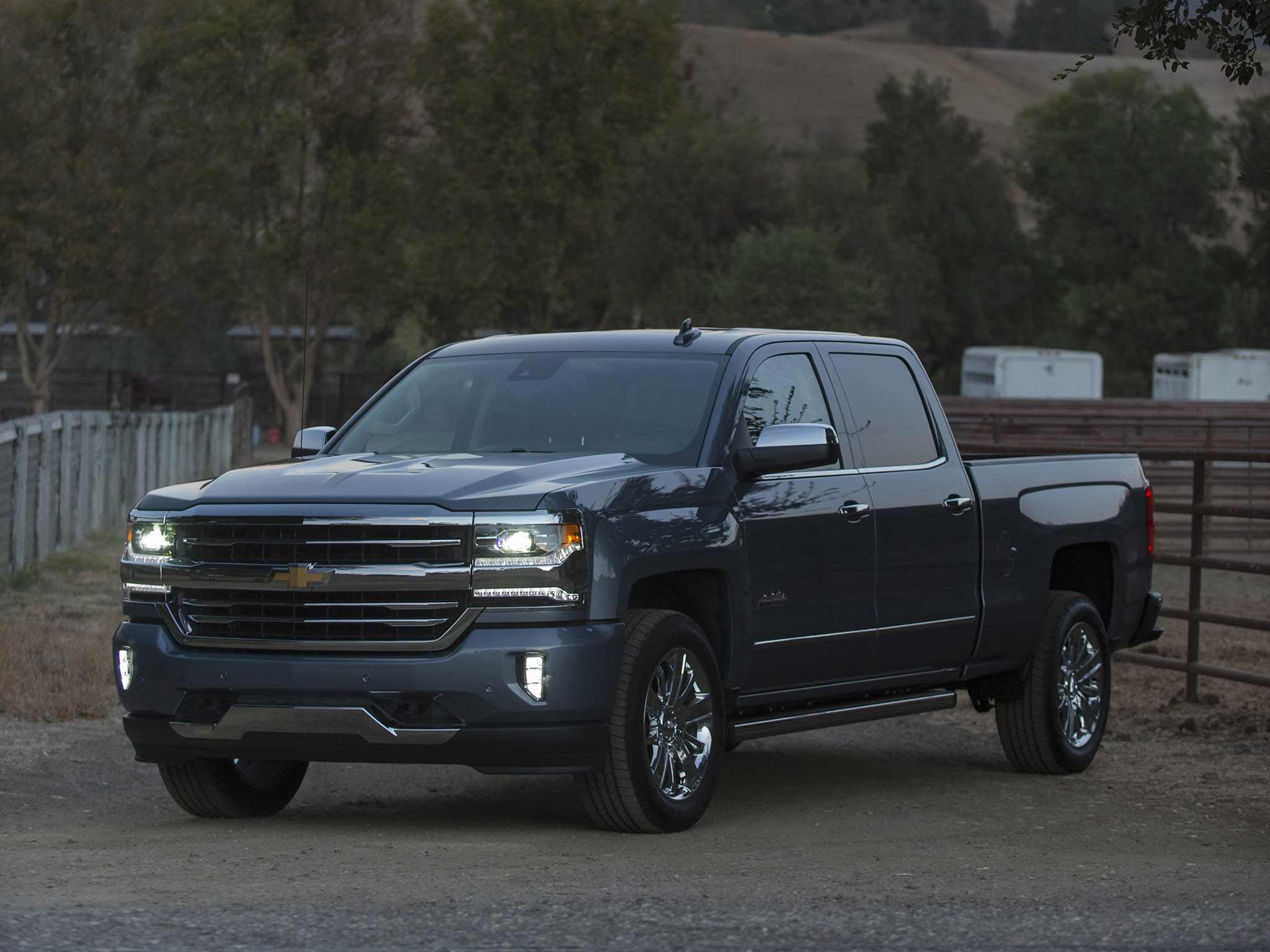 2015 Chevrolet Silverado High Country Crew Cab