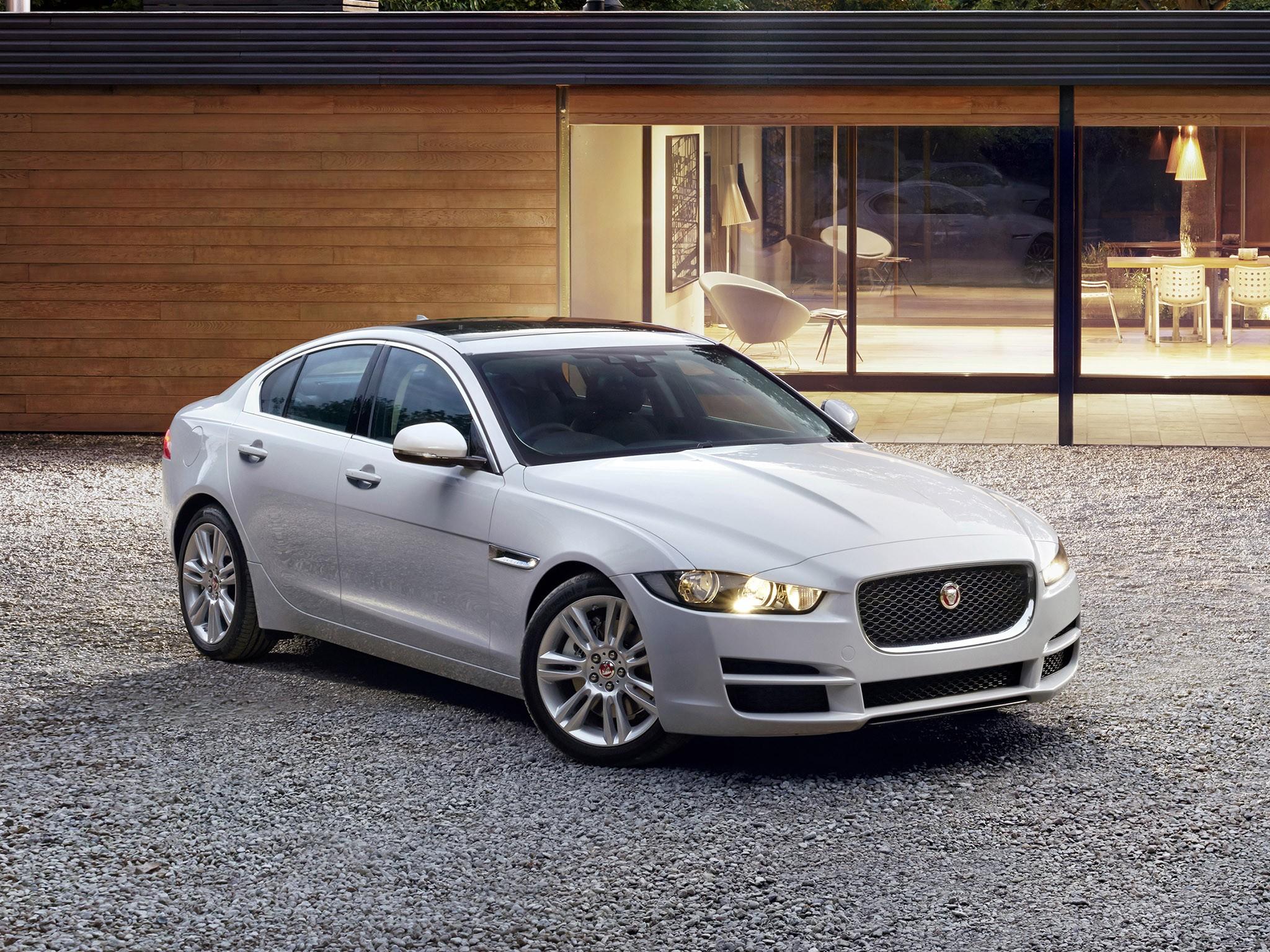 2015 Jaguar XE Prestige UK