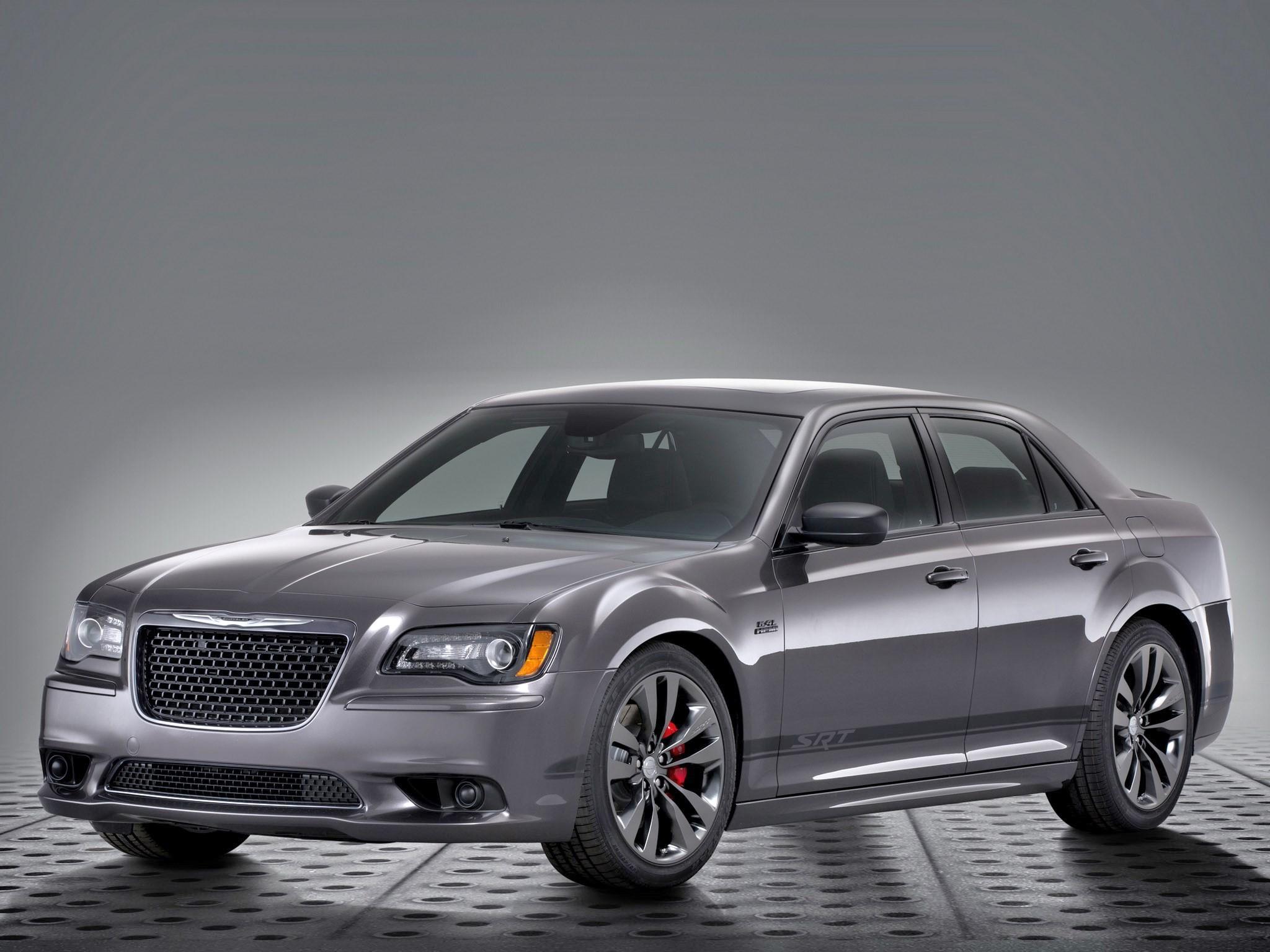 2014 Chrysler 300 SRT8 Satin Vapor