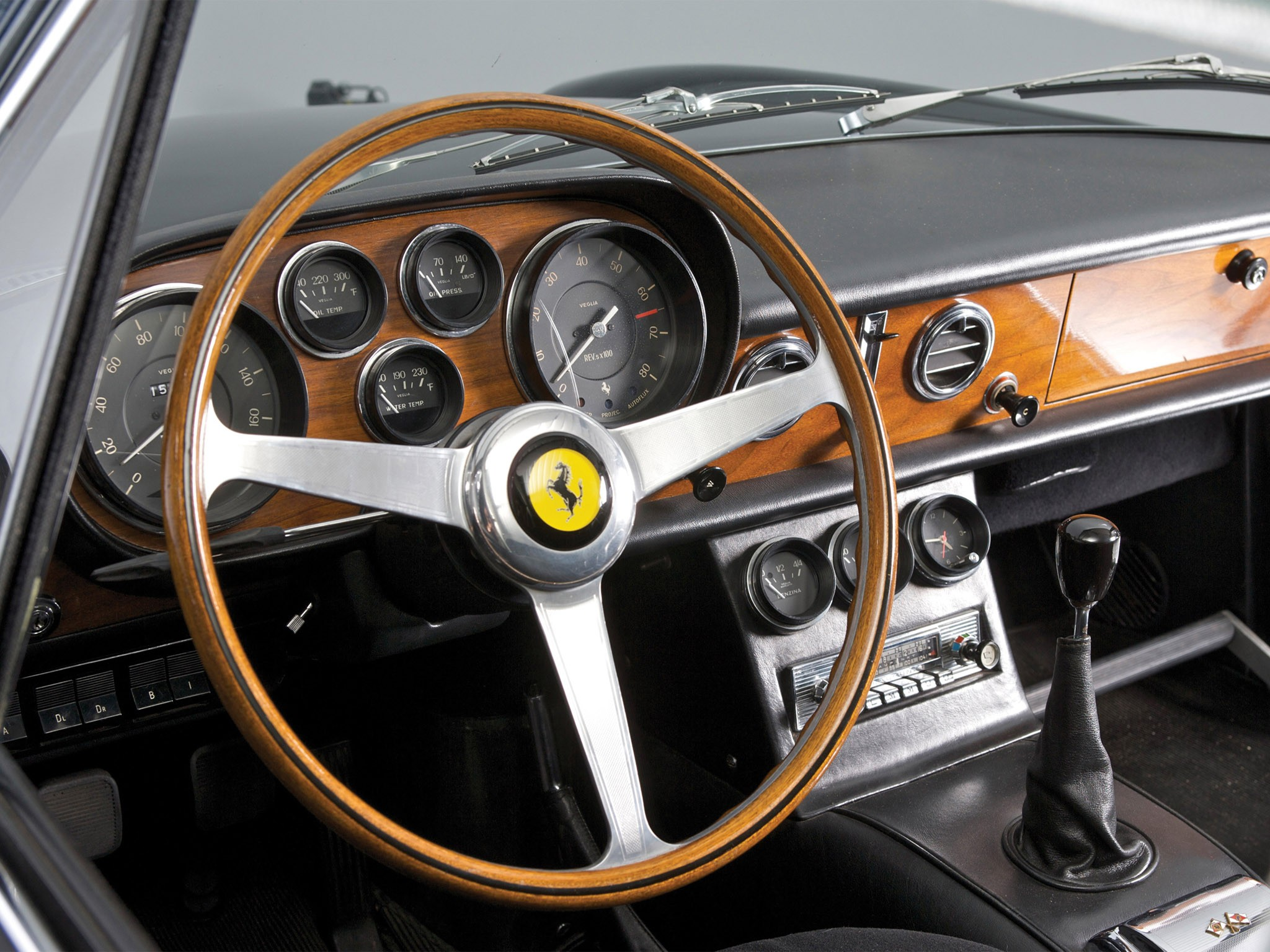 Ferrari 500 Superfast 1964