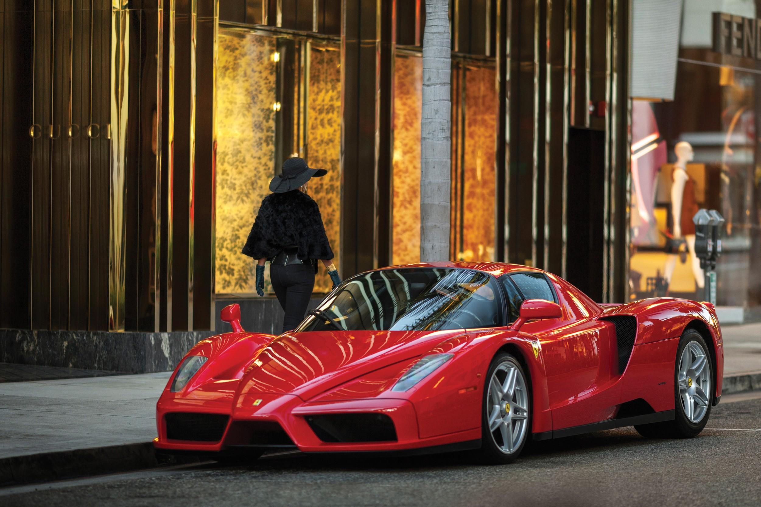 La Ferrari Enzo a un moteur V12 de 6,0 litres de 660 ch