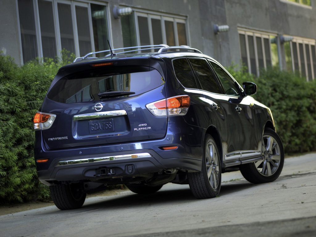 2013 Nissan Pathfinder Platinum USA