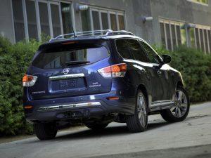 Nissan Pathfinder Platinum USA 2013