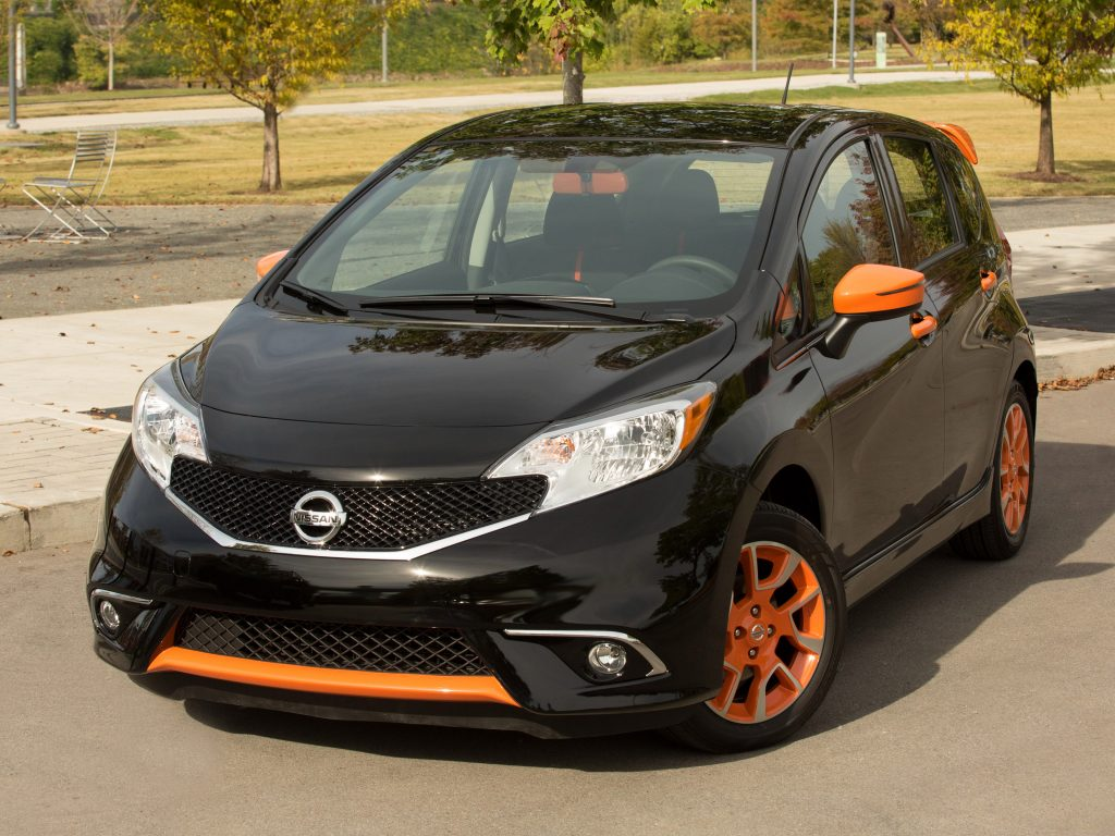 2015 Nissan Versa Note Color Studio E12