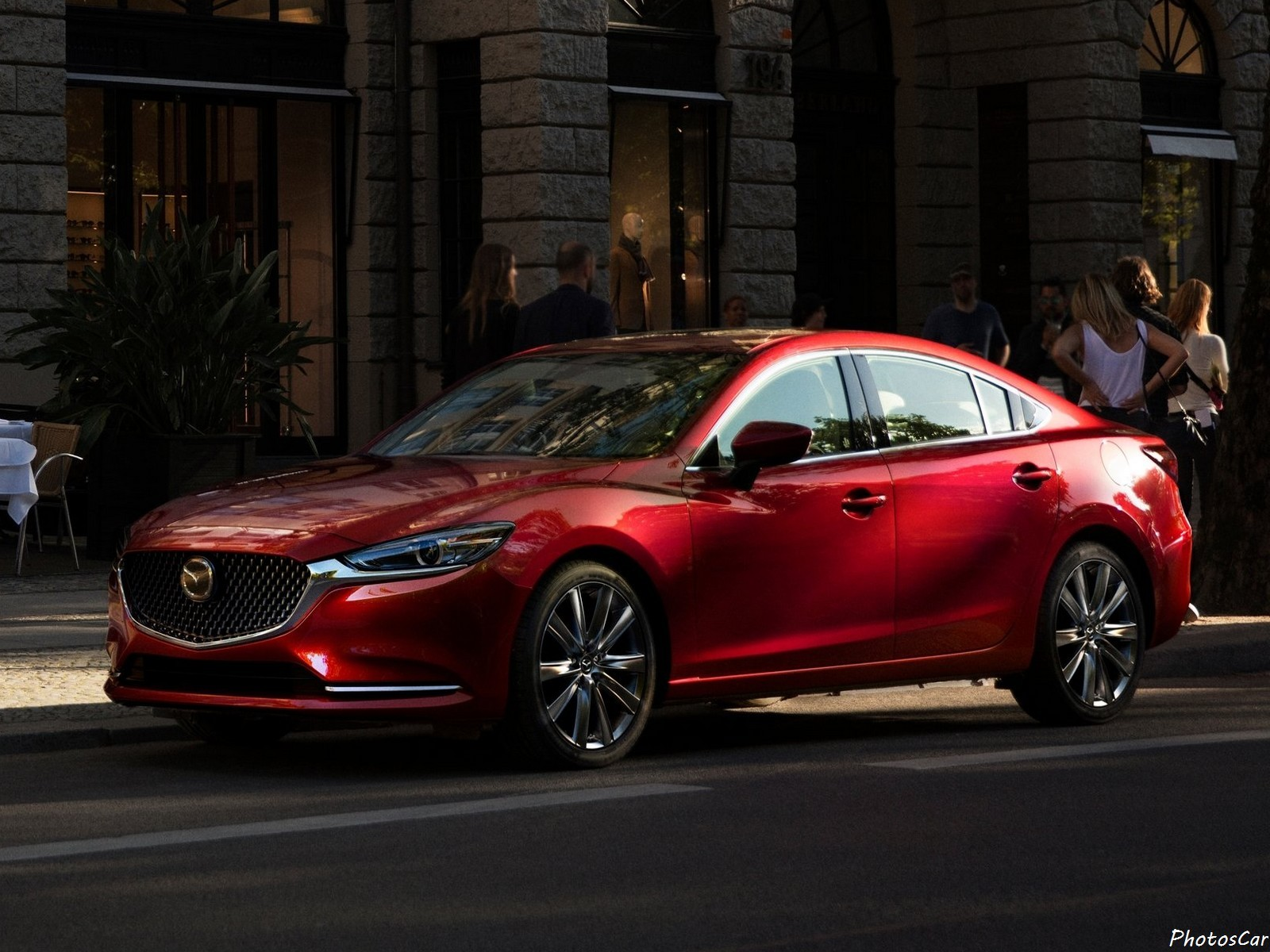 Mazda 6 2018 : Un moteur turbo de 250 ch et un intérieur plus raffiné.