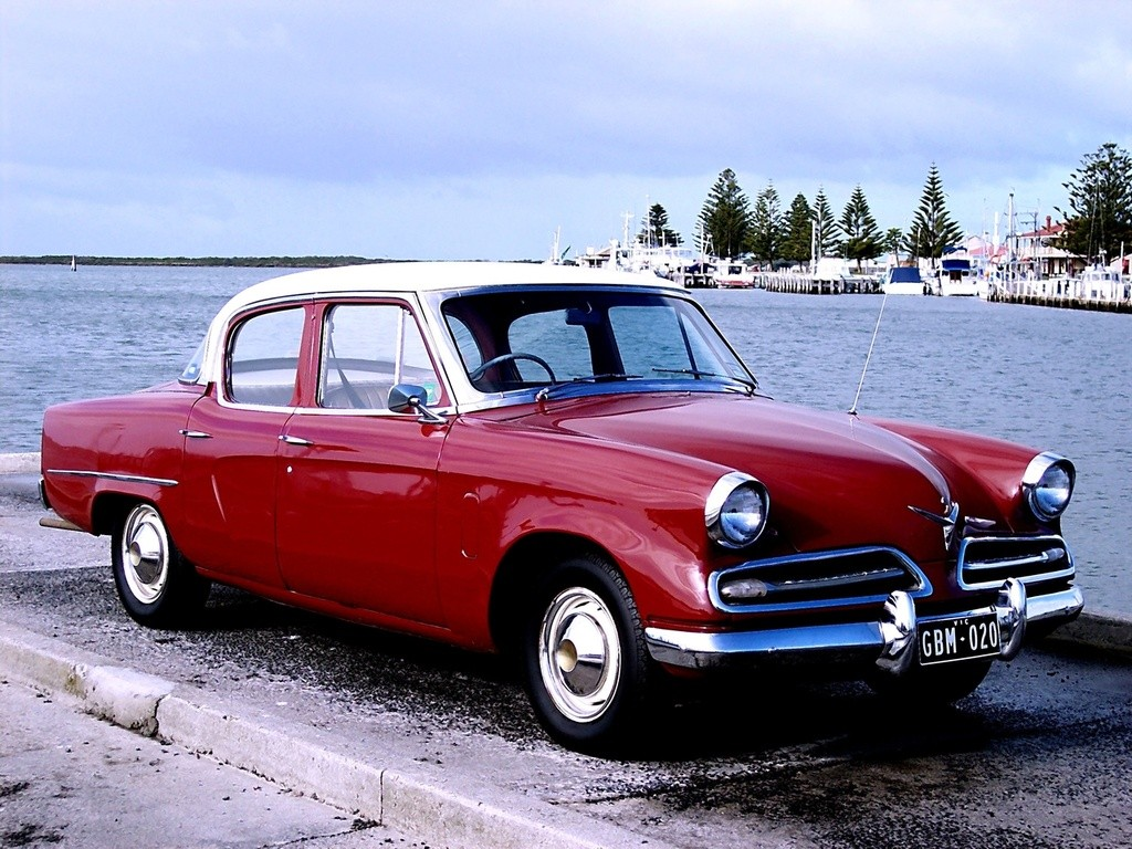 Studebaker Land Cruiser 1953