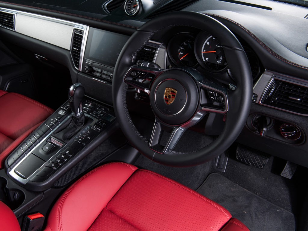 Porsche Macan Turbo Performance_Package 95B 2017
