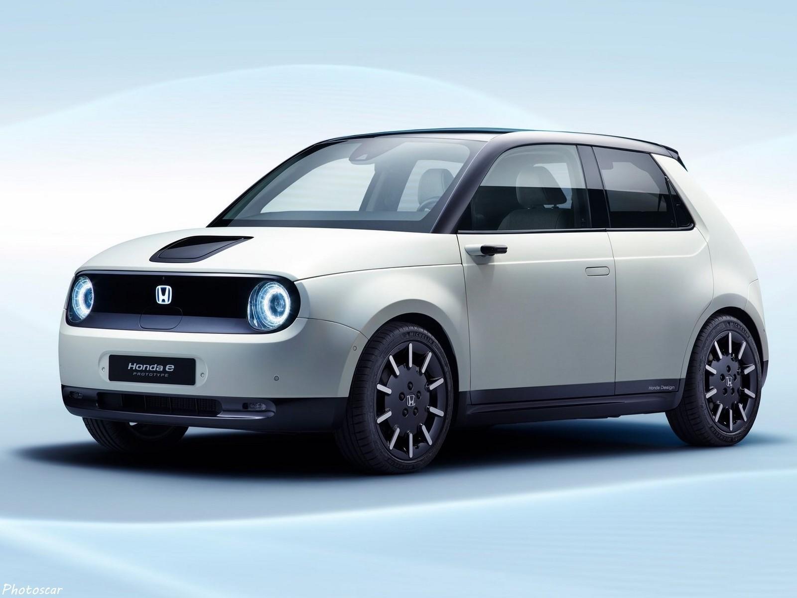 Honda e Prototype 2019 préfigure la nouvelle voiture électrique de Honda.