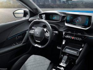 Peugeot_e-2008 2020