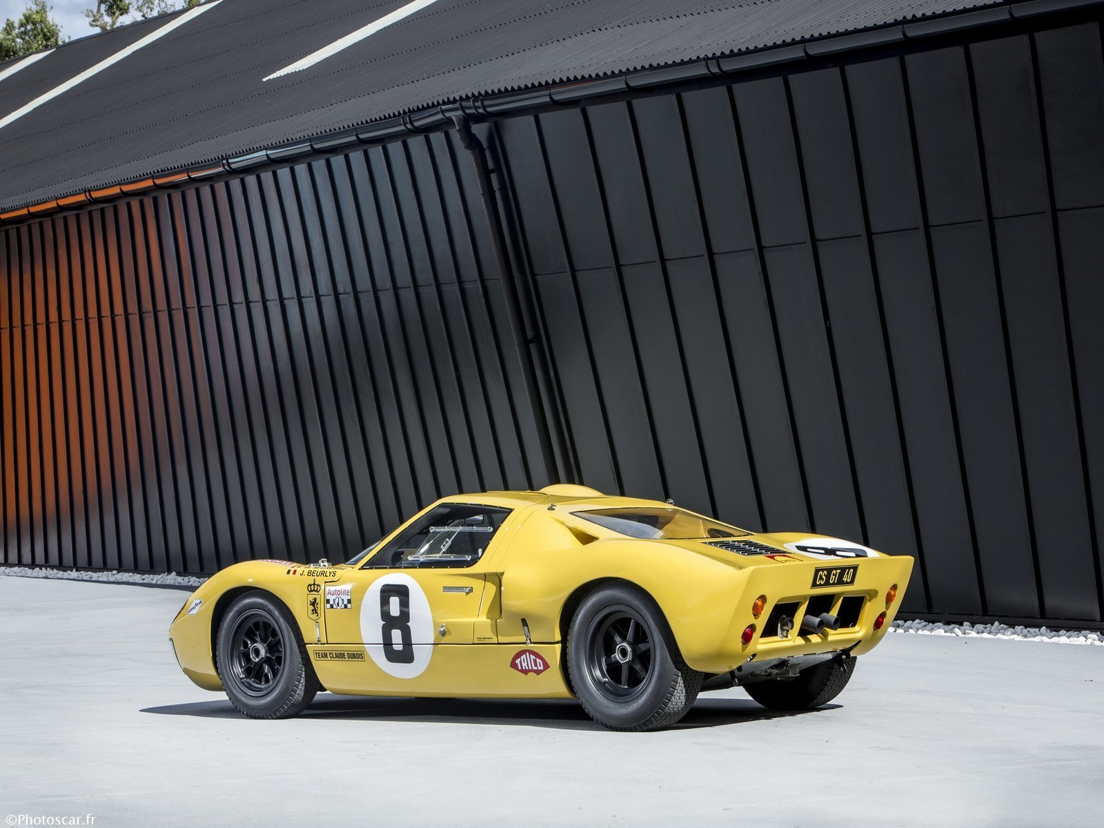 Ford GT40 Lightweight Race Car (P/1079) 1968