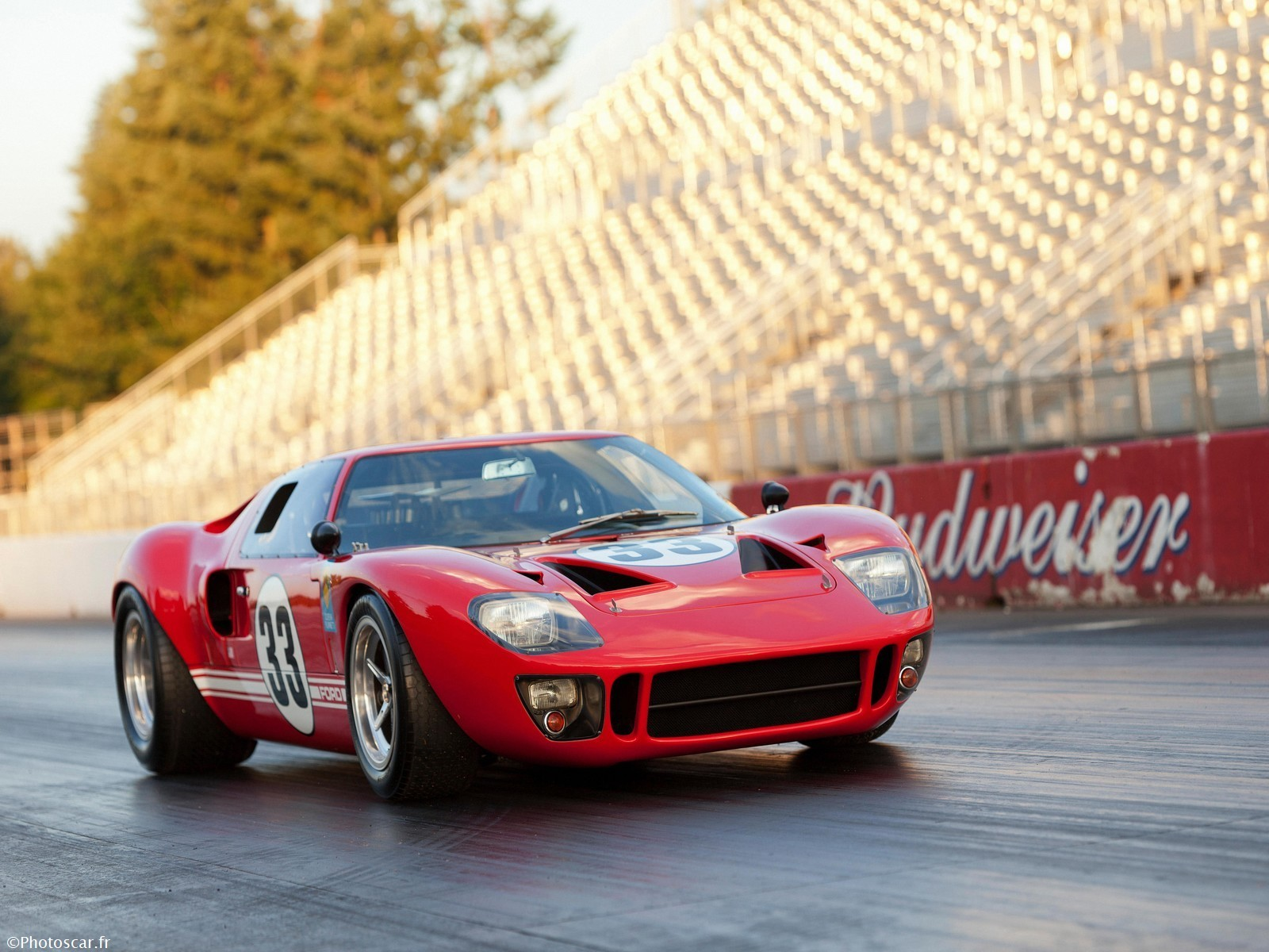 Ford GT40 (1033) Race Car 1966