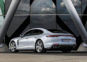Porsche Panamera 4S E Hybrid 2021