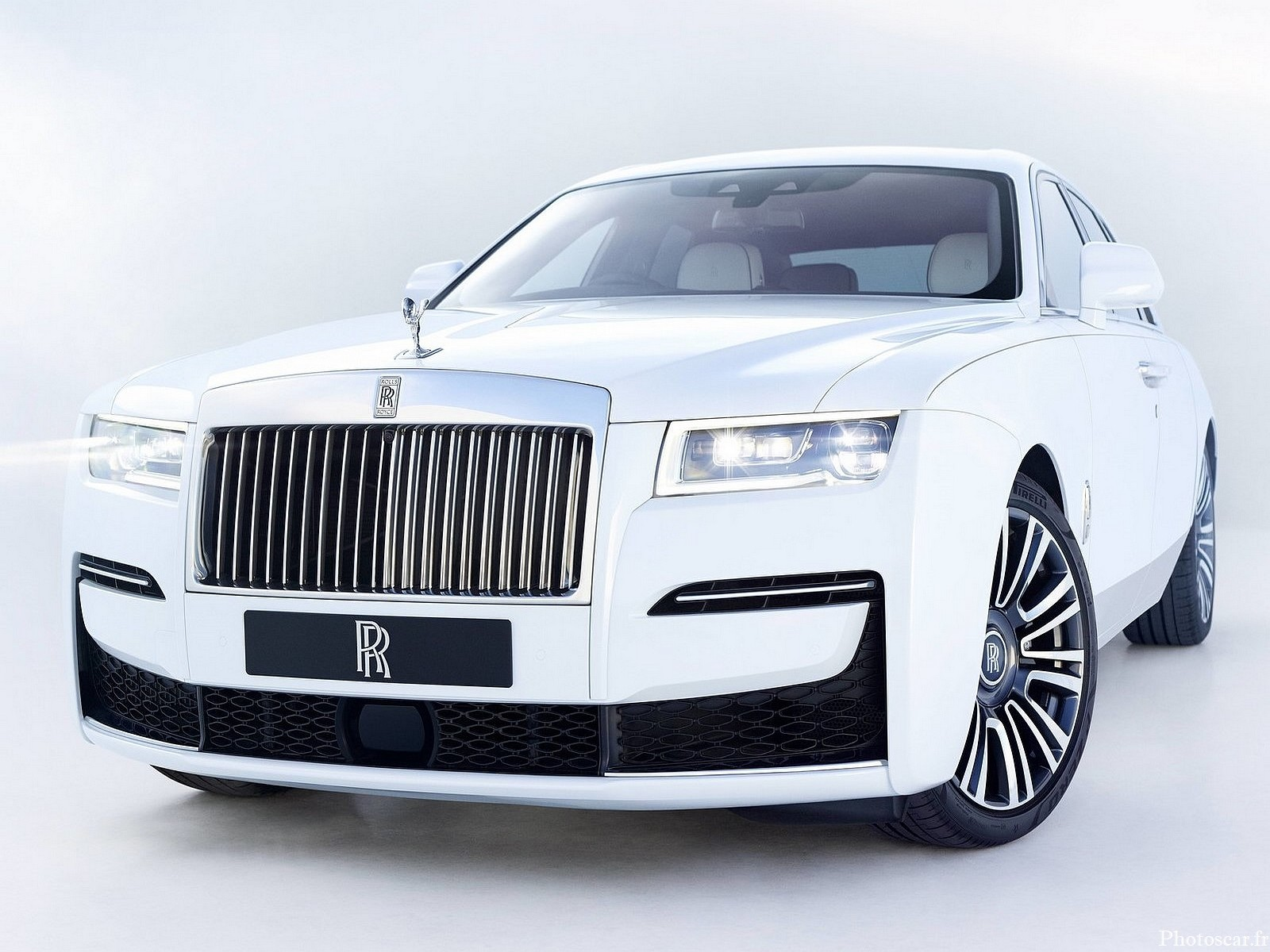 Rolls Royce Ghost 2021