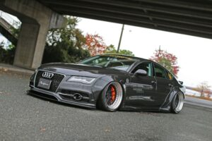Liberty Walk Audi A7