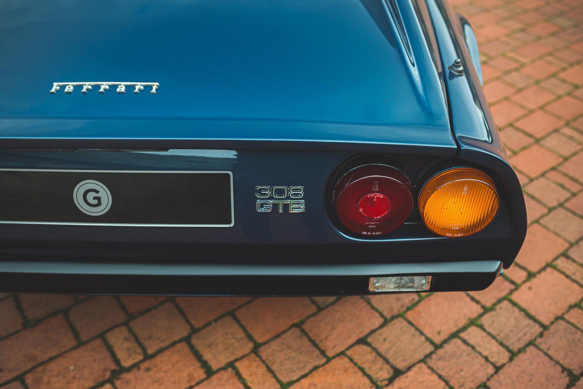 Ferrari 308 GTB Vetroresina 1976