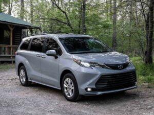 Toyota Sienna Woodland Edition 2022