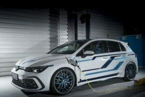 Volkswagen Golf GTE Skylight 2021